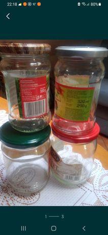 Słoiki na przetwory, miód, jagody i inne