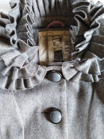Płaszcz płaszczyk 128 7-8 lat czapka z ozdobnymi kamieniami