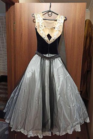 Конкурсные бальние платья