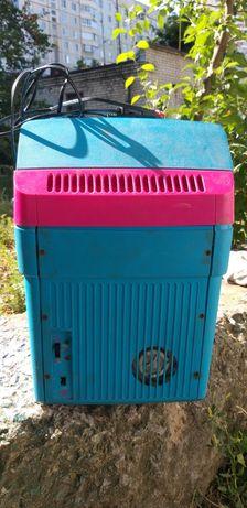 Продам автомобильный немецкий холодильник-разогреватель -+27 градусов!