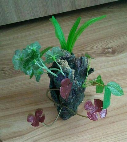 Sztuczna roślinka- skalka do akwarium