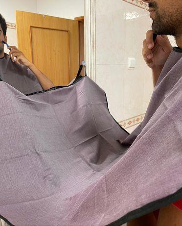 Avental para aparar a barba - beard bib
