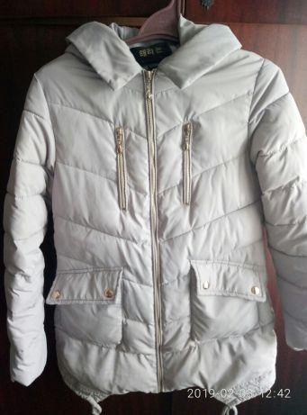 Куртка,курточка женская