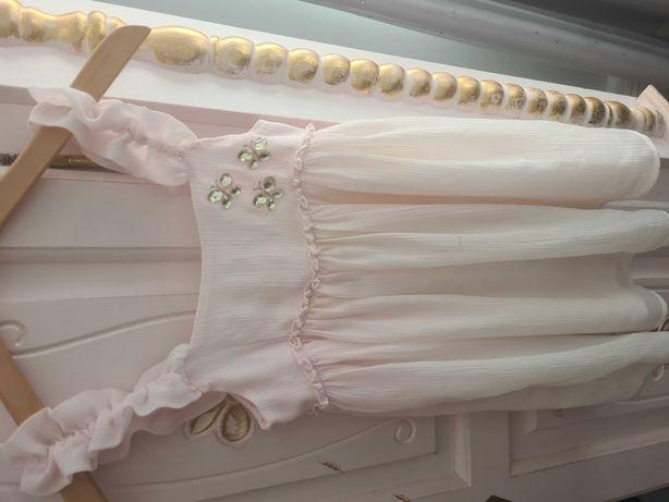 Urocza Sukienka BENETTON jasny róż, ozdoby falbanka.