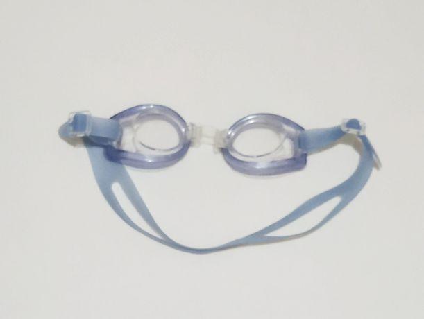 Детские очки для плавания в отличном состоянии