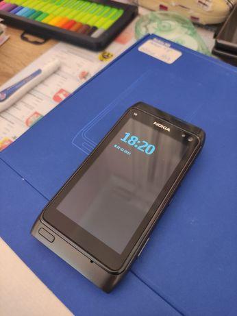 Nokia n8 stan bardzo dobry