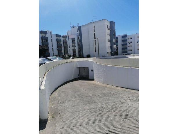 Garagem individual na Quinta dos Loios