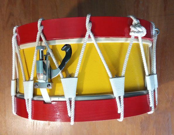 Tarola percussão tradicional