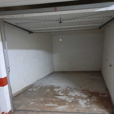 Garagem Box Rinchoa/Rio De Mouro