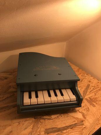 Stary mini fortepian