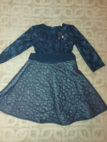 Нарядное платье на р. 122