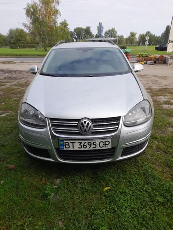 Продам Volkswagen Golf 5 після дтп на упевненом ходу.