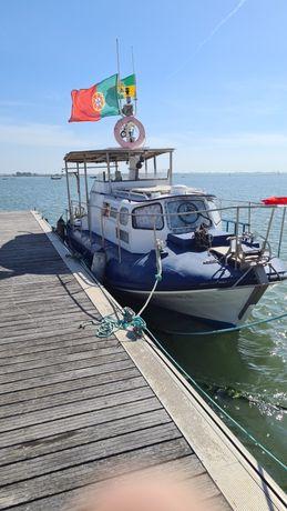 Barco diesel em alumínio