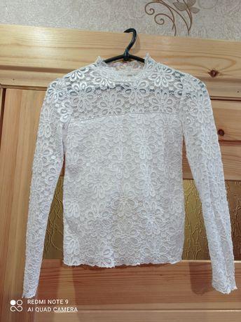 Продам кружевную блузку
