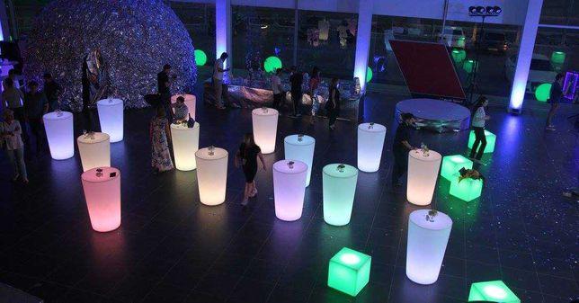 Mesas com iluminação