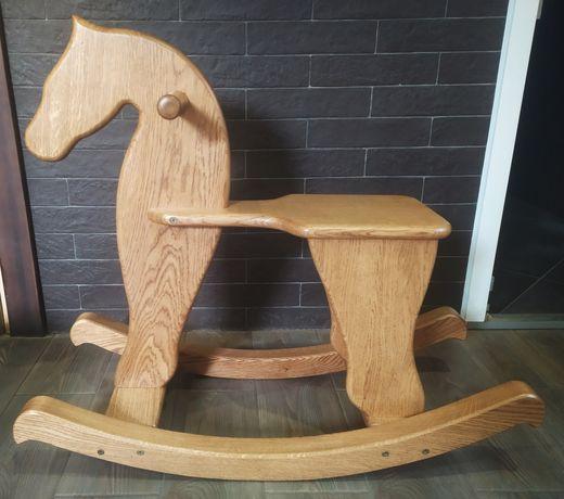 Деревянная лошадка - качалка