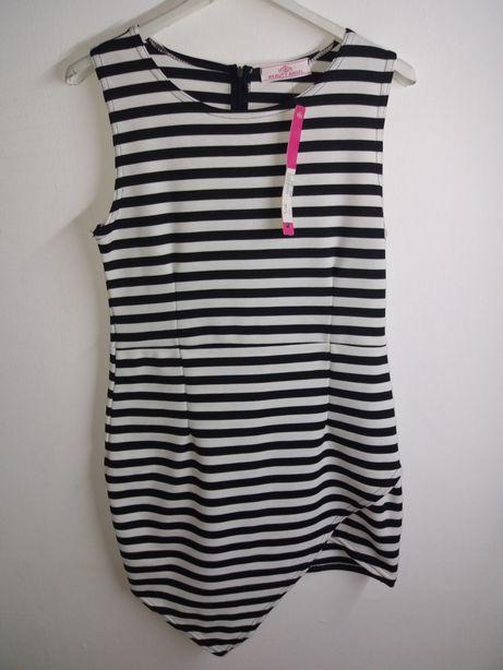 Nowa asymetryczna sukienka w paski czarno biała. Krótka M/L
