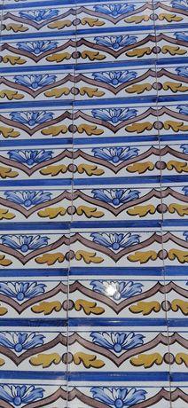 Antigos Azulejos  VIUVA DE LAMEGO  Século  19.