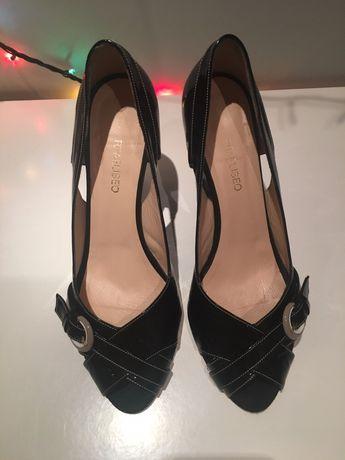 Туфлі лакові
