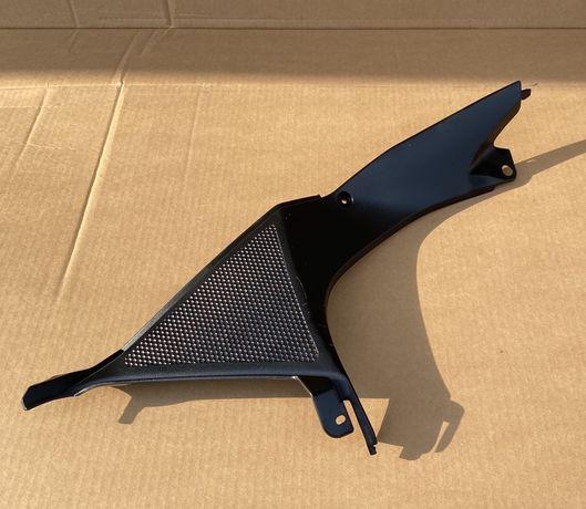 Wypełnienie czaszy owiewka Yamaha YZF R 125