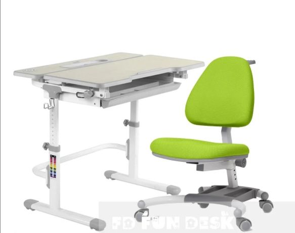 Парта растущая и ортопедическое кресло. Доставка бесплатно