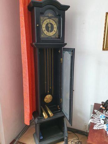 Zegar stojący wahadłowy typu ZN 83 metron