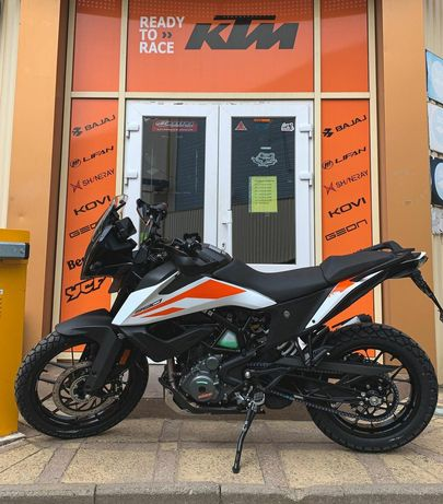 Мотоцикл KTM Adventure 390 2021 white