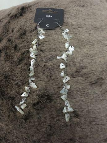 Brincos extra longos, com pedras semi-preciosas