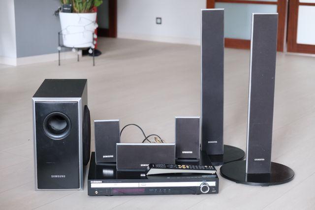 Zestaw kino domowe Samsung HT-THQ22 DVD/DivX system 5+1 moc 500W