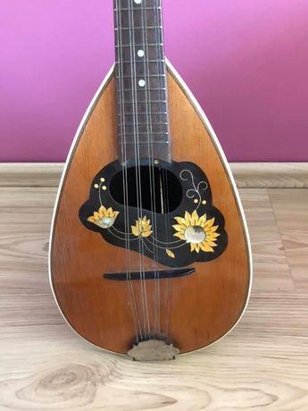 Ponad 100 letnia mandolina