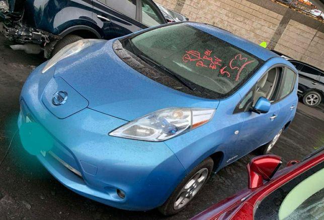nissan leaf 2011 свое авто без повреждений