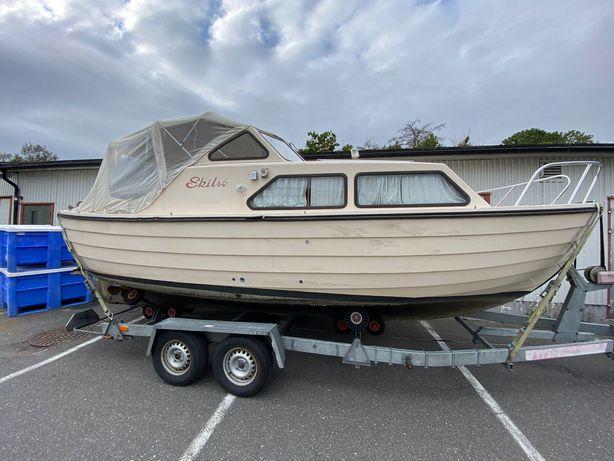 Łódka kabinowa, jacht Skilso 23, ekonomiczny silnik Sole Diesel 25KM