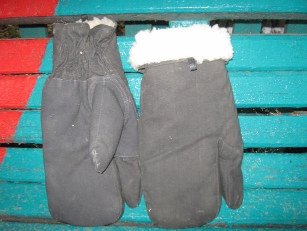 Продам рукавицы новые