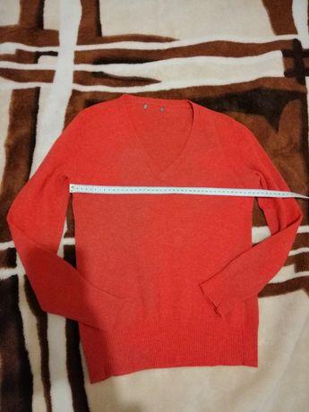 Продам мужской и женский свитер