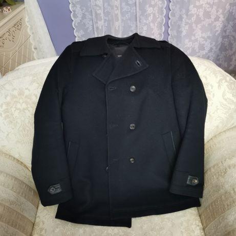 Мужское чёрное пальто