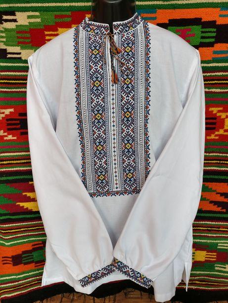 Вишиванка, чоловіча вишита сорочка.