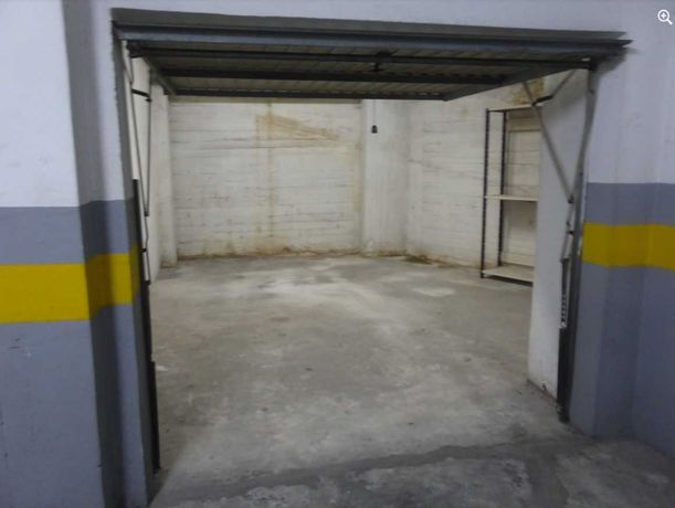 Garagem 20 m 5m de fundo