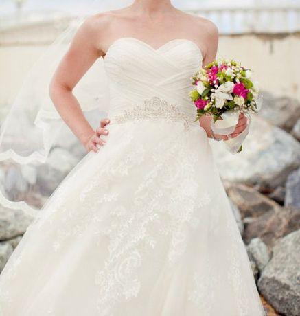 Продам шикарное лёгкое свадебное платье А-силуета