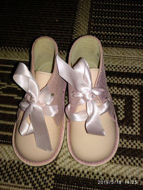 Туфельки-ботиночки