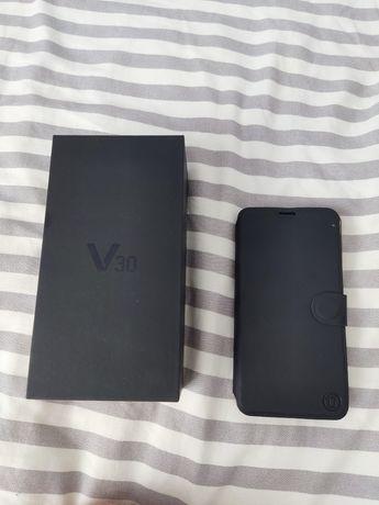 LG V30, używany, stan bardzo dobry