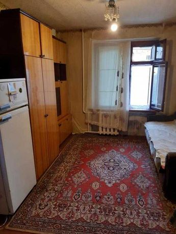 Продам отличную комнату в центре Залютино , кирпичный дом