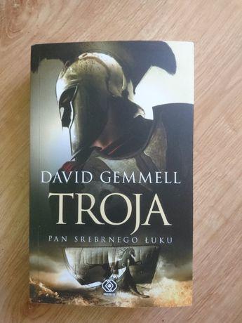 Troja pan srebrnego łuku książka David Gemmell