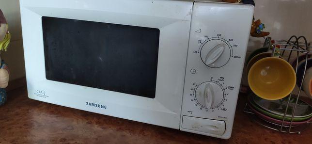Микроволновая печь Samsung M1712nr