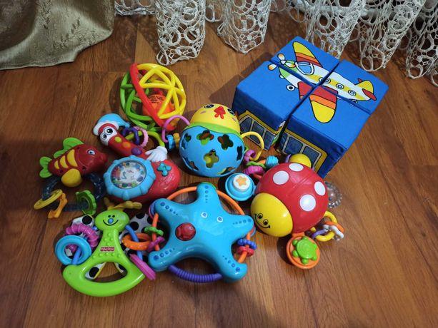 Погремушки,игрушки