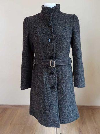 Ciemnobrązowy płaszcz ze stójką r. 38, M