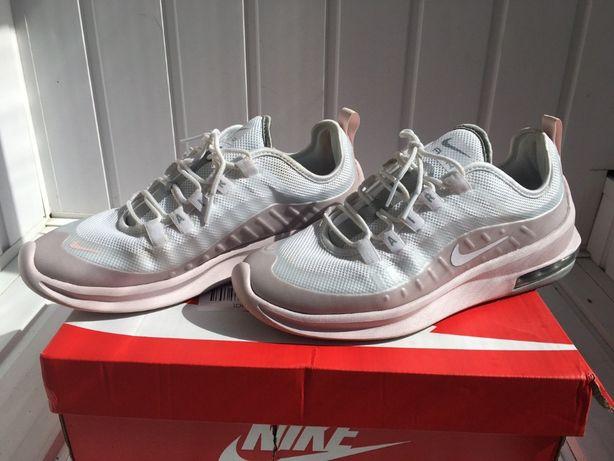 Женские кроссовки Nike Air Max Axis