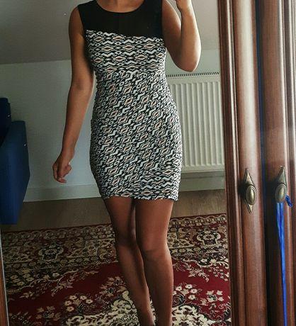 Dopasowana sukienka r. 36