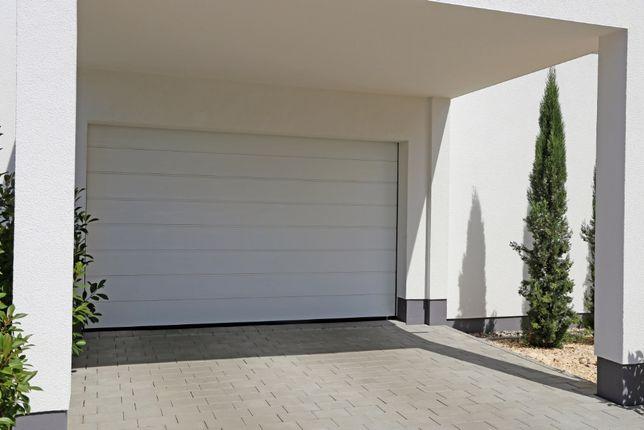Producent Brama garażowa segmentowa Bramy garażowe przemysłowe3*2,175
