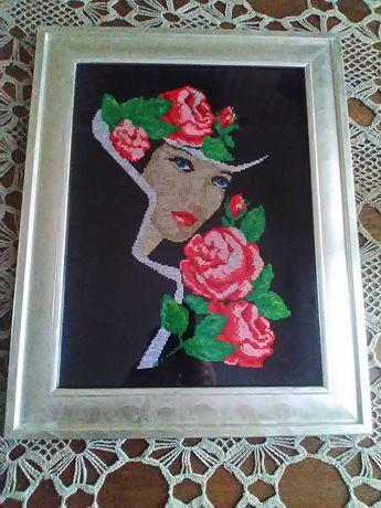 """Картина вышитая""""Девушка с розами"""""""