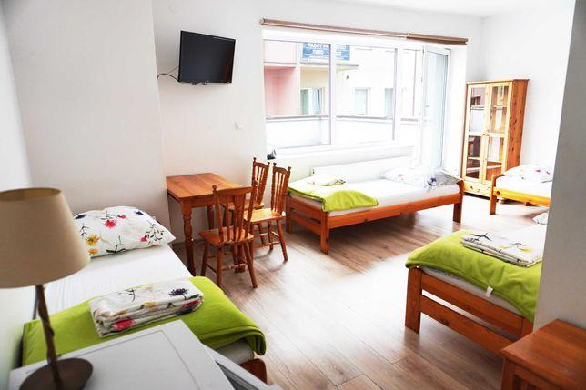 Pokoje gościnne / mieszkanie na doby  / apartament z aneksem/ studio